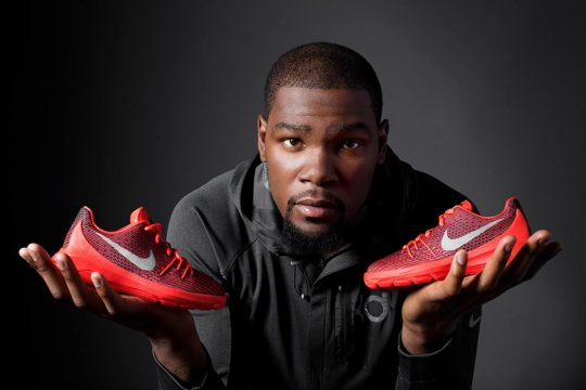 """The Nike KD 8 """"V8"""" Will Releases In Sizes For The Whole Family"""