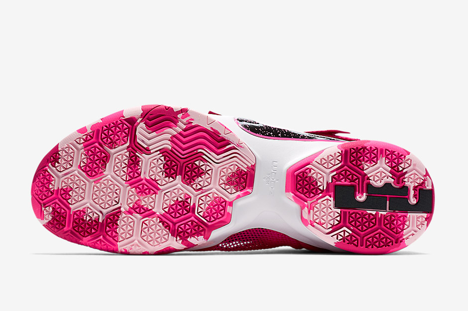 buy popular 091df eaca7 Nike's Think Pink Is Back With A New LeBron Soldier 9 ...
