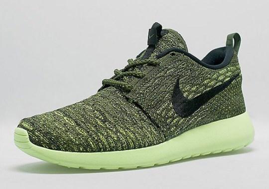 Bright Volt Soles On The Latest Nike Flyknit Roshe Run