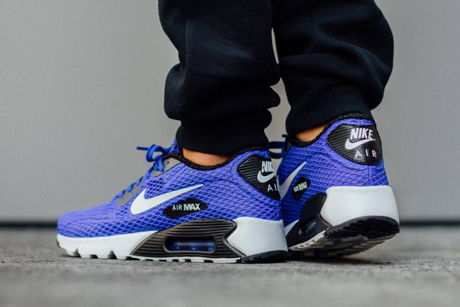 air max 90 blue on feet