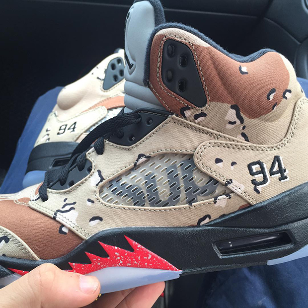 ed8cdbe10eb9d1 The Details That Make Up The Supreme x Air Jordan 5