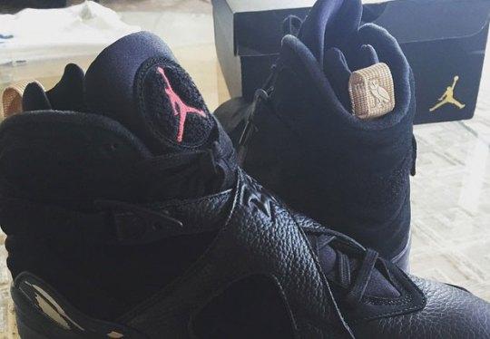 "Drake Unveils The OVO x Air Jordan 8 ""6IX YEARS"""