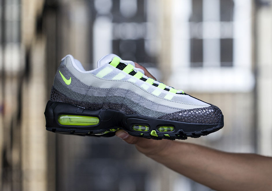 8a3370af5420 A Closer Look At The Nike Air Max 95 OG Premium Collection - SneakerNews.com