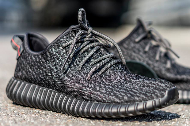 Yeezy Boost 350 Moonrock Launch Video Titolo