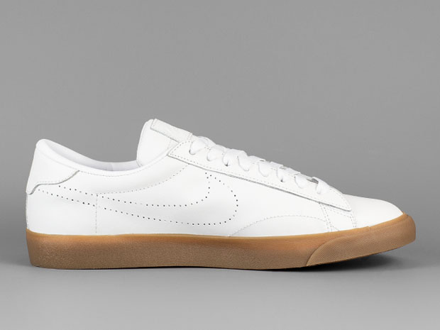 official photos 6ed15 4b068 Gum Soles Are Back On The Nike Tennis Classic AC - SneakerNews.com