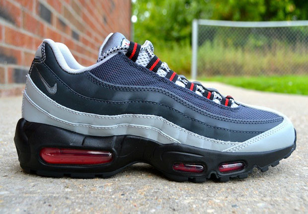 It may have a grey gradient upper, but this latest Nike Air Max 95 isn't looking much like the original versions from 1995. That's because the gradient for ...