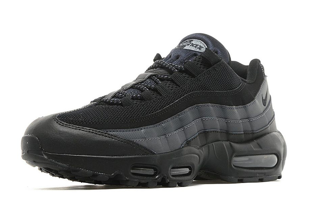 the best attitude a6649 93681 The Nike Air Max 95 Goes Full Stealth Mode - SneakerNews.com