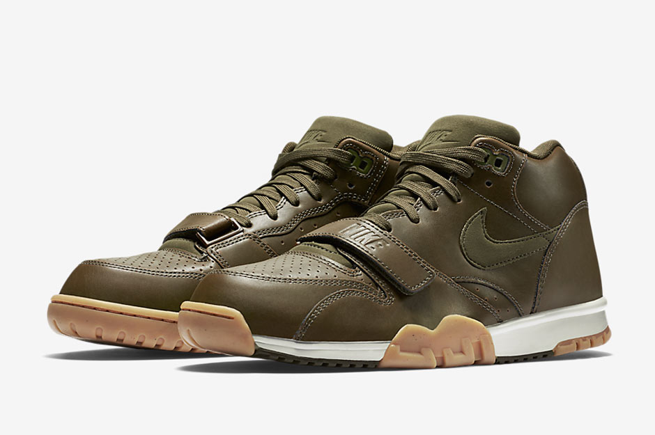 b0acfecc65d Tonal Colorways Of The Nike Air Trainer 1 Are What s Hot ...