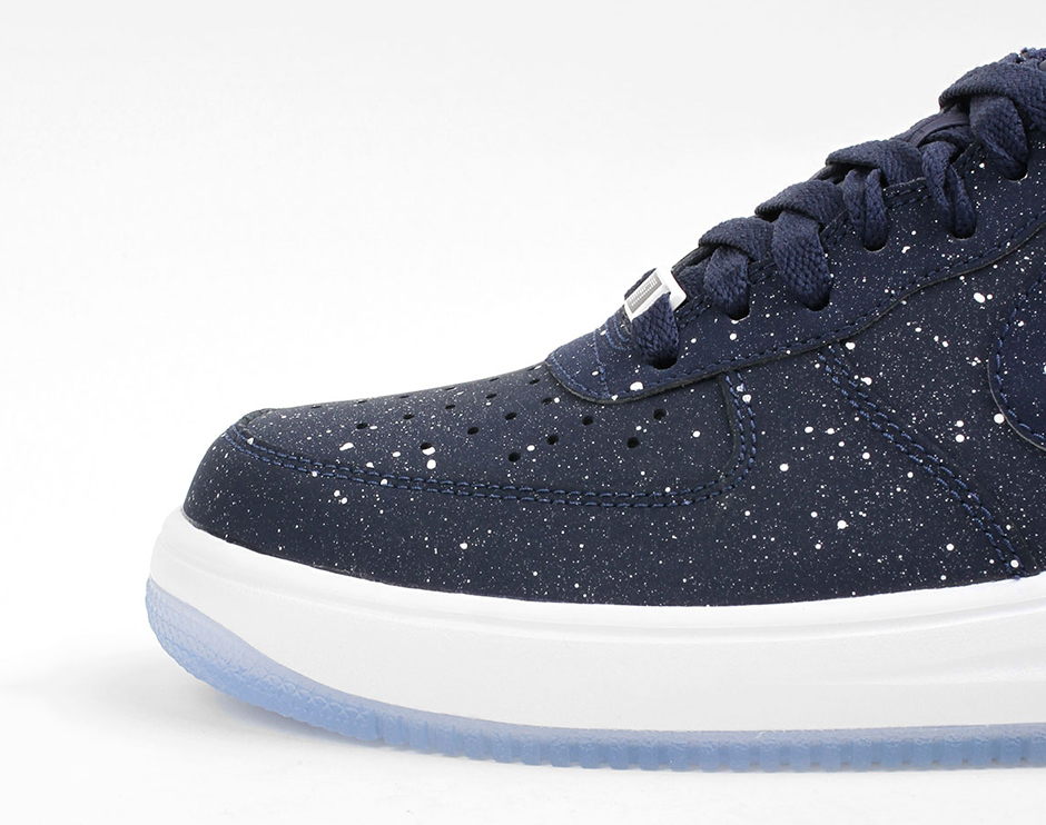 Detailed At Nike Force A The Lunar 1 Look BQdxeWCEro