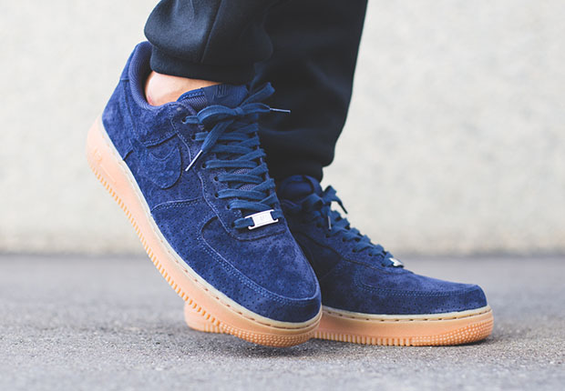 nike air force women suede