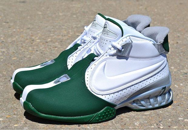 "Nike Zoom Vick II ""New York Jets"" - SneakerNews.com"