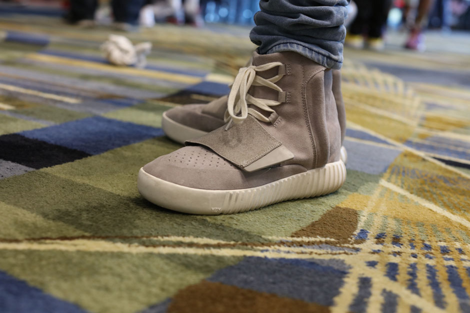 sneaker-con-detroit-august-on-feet-002