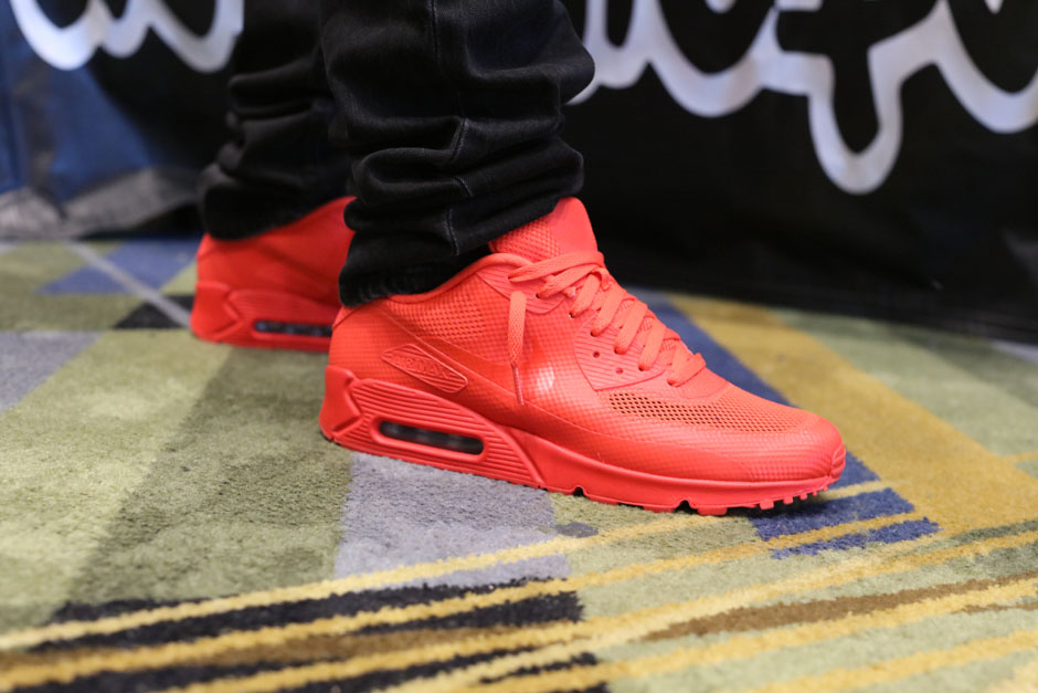 sneaker-con-detroit-august-on-feet-010