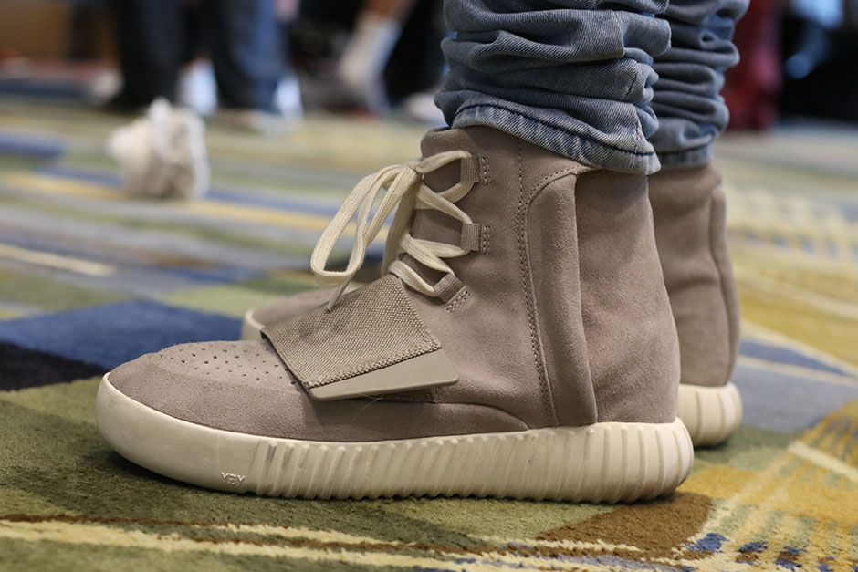 sneaker-con-detroit-august-on-feet-015