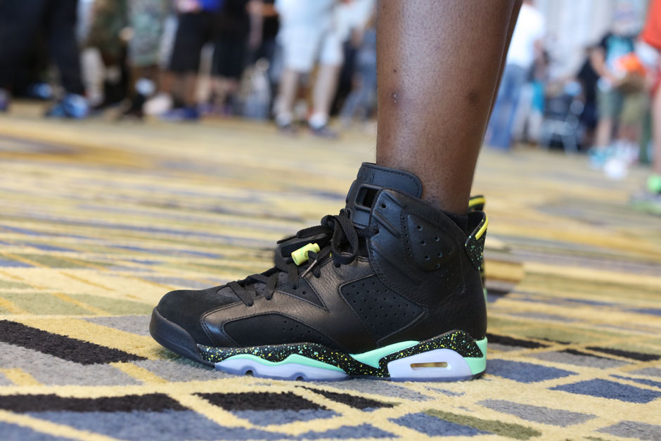 sneaker-con-detroit-august-on-feet-018