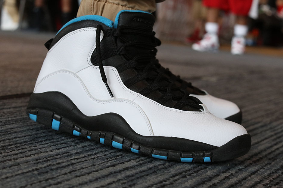 sneaker-con-detroit-august-on-feet-029