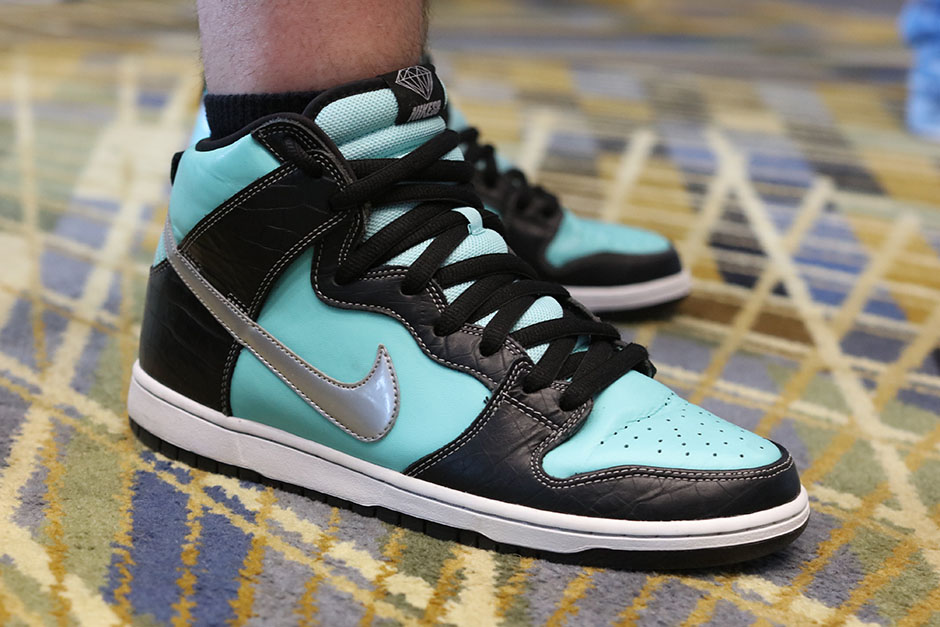 sneaker-con-detroit-august-on-feet-042