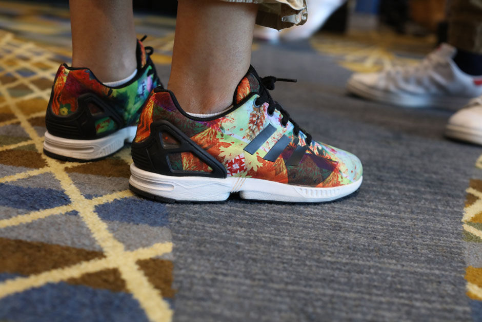 sneaker-con-detroit-august-on-feet-048