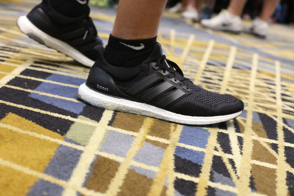 sneaker-con-detroit-august-on-feet-052