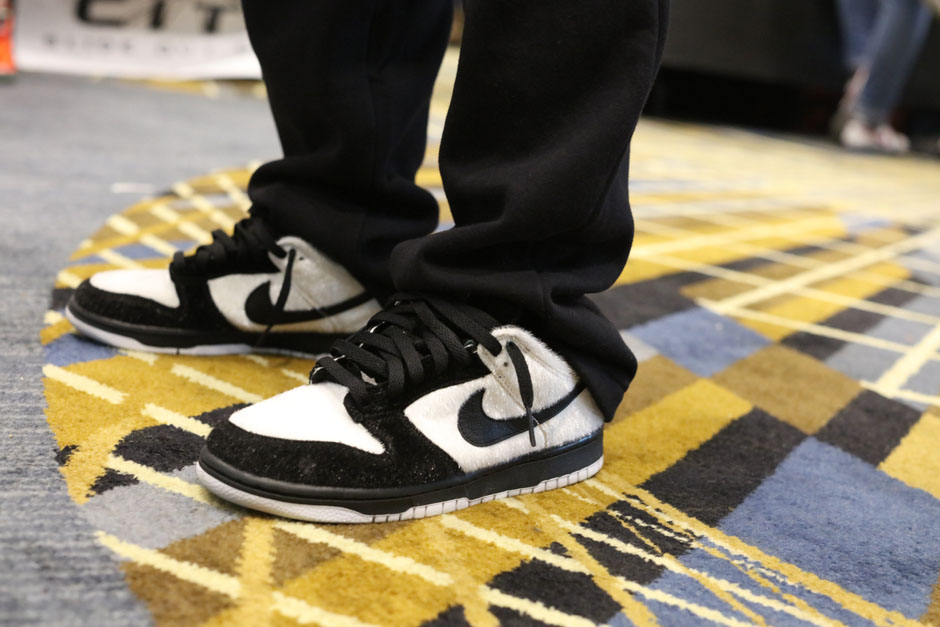 sneaker-con-detroit-august-on-feet-057