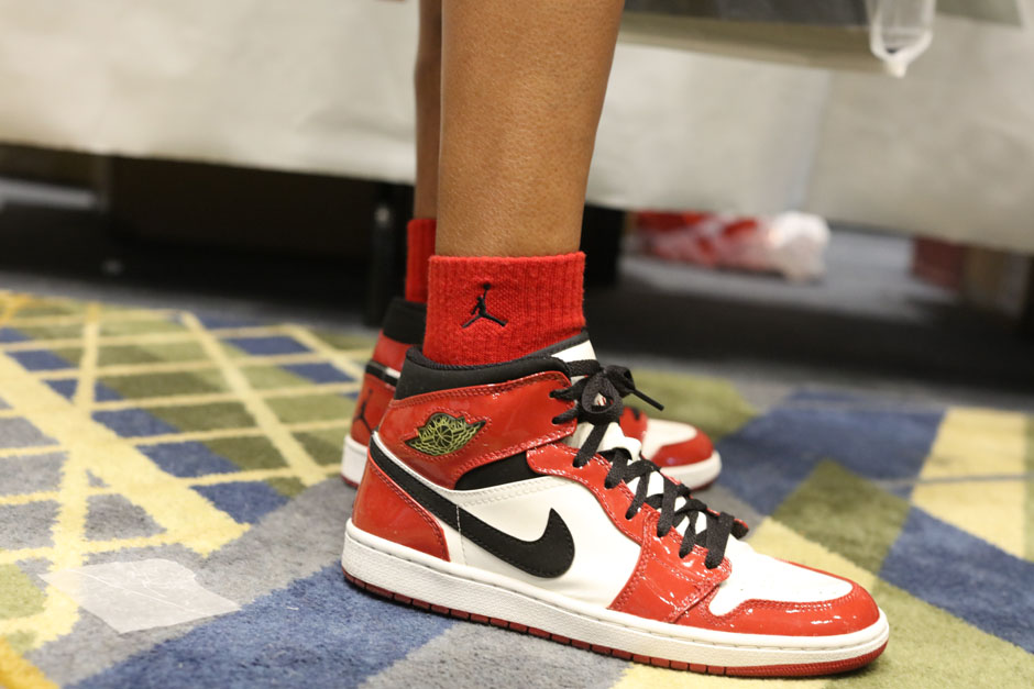 sneaker-con-detroit-august-on-feet-074