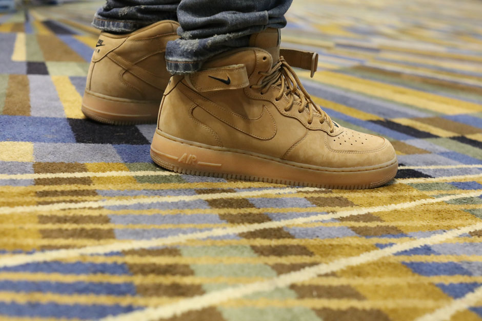 sneaker-con-detroit-august-on-feet-087
