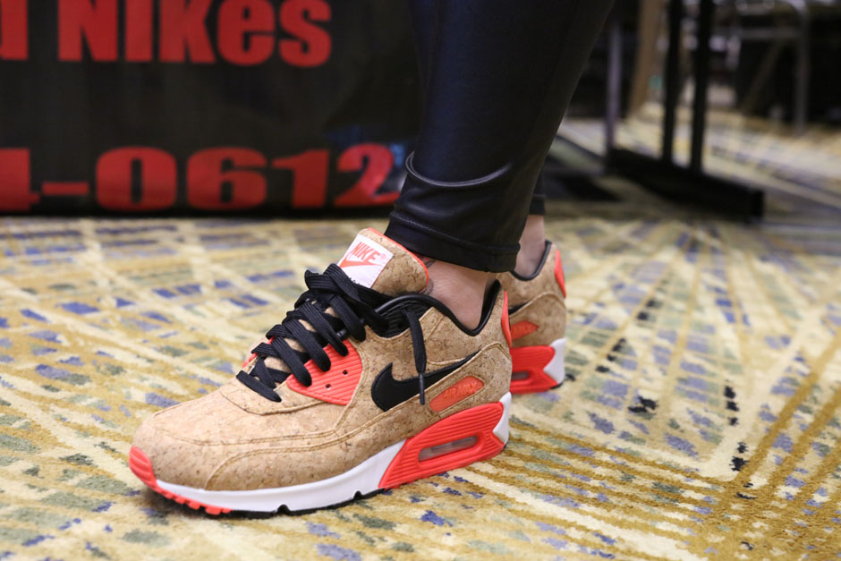 sneaker-con-detroit-august-on-feet-091
