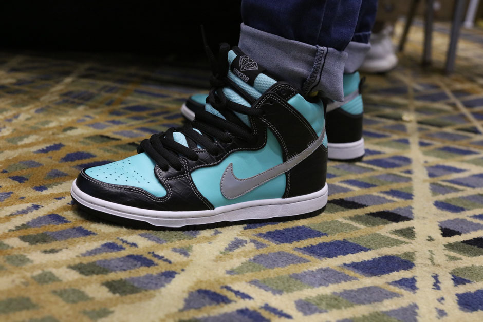 sneaker-con-detroit-august-on-feet-093