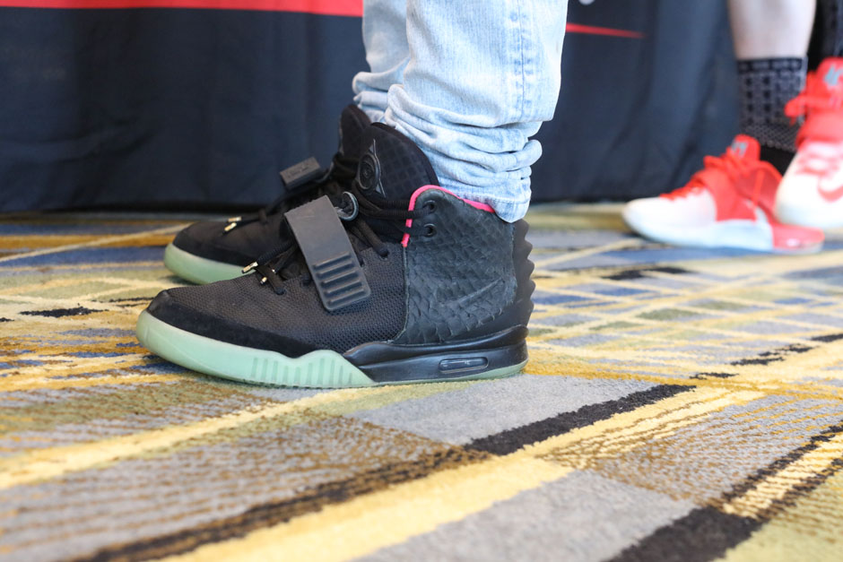 sneaker-con-detroit-august-on-feet-109