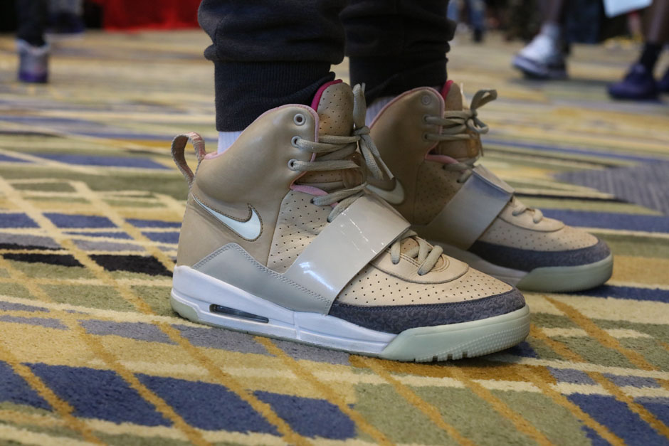 sneaker-con-detroit-august-on-feet-110