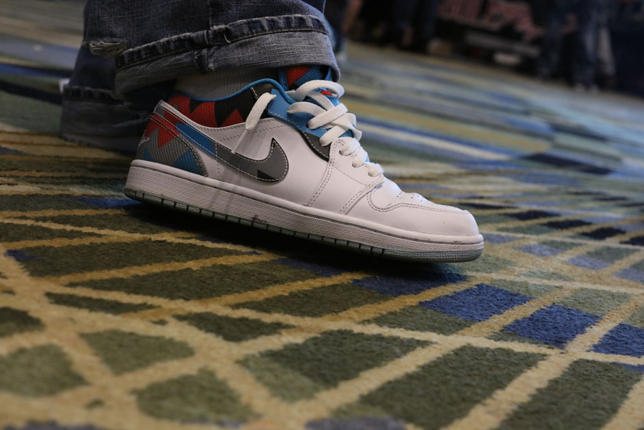 sneaker-con-detroit-august-on-feet-112