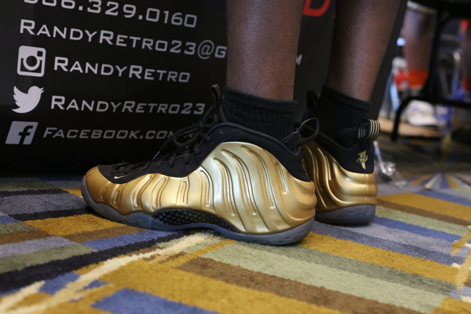 sneaker-con-detroit-august-on-feet-118