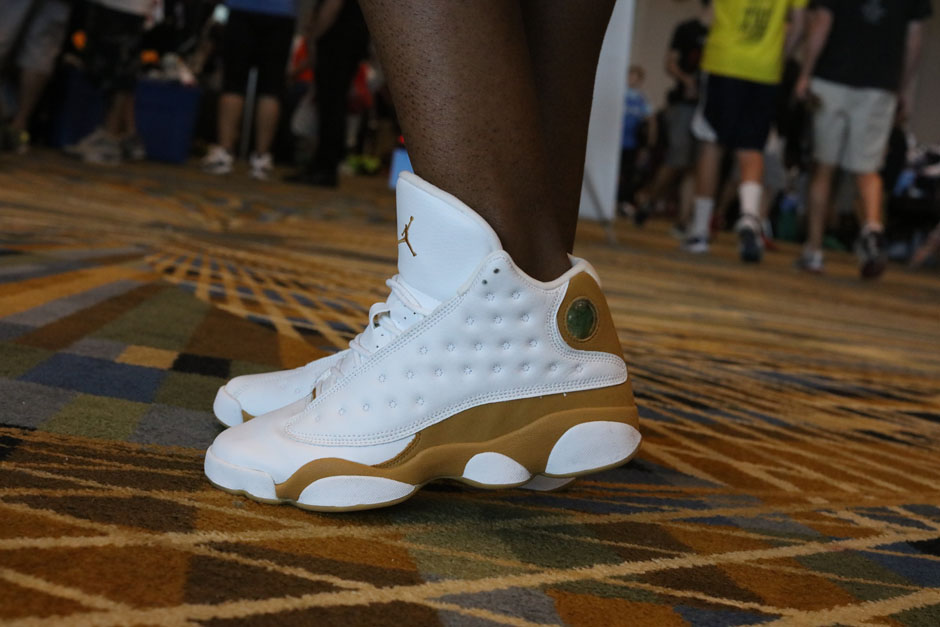 sneaker-con-detroit-august-on-feet-119