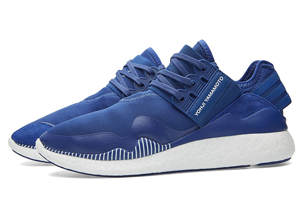 The adidas Y-3 Retro Boost by Yohji Yamamoto continues to impress 5a9a347ed