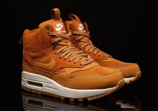 "The ""Curry"" Air Max 1 Is Back In Sneakerboot Form"