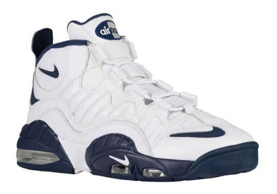 The Nike Air Max Sensation Just Appeared In Stores Like It Was 1995
