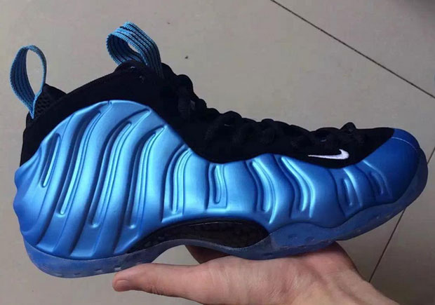 brand new ec3f8 adc4c The Nike Air Foamposite One Goes Tar Heel Blue - SneakerNews.com