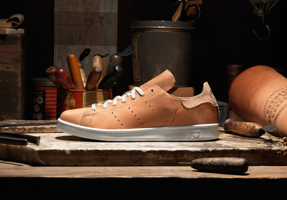 b40609b020a6 adidas Wraps The Stan Smith In The Legendary Horween Leather -  SneakerNews.com