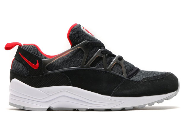 sale retailer 552e3 ee30a Hints Of Jordan In This New Nike Air Huarache Light