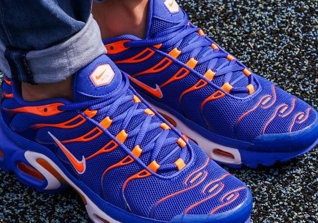 This release of the Nike Air Max Plus will be bittersweet for New York  Sports fans. Sweet because they match the team colors of two of your  favorite sports ...