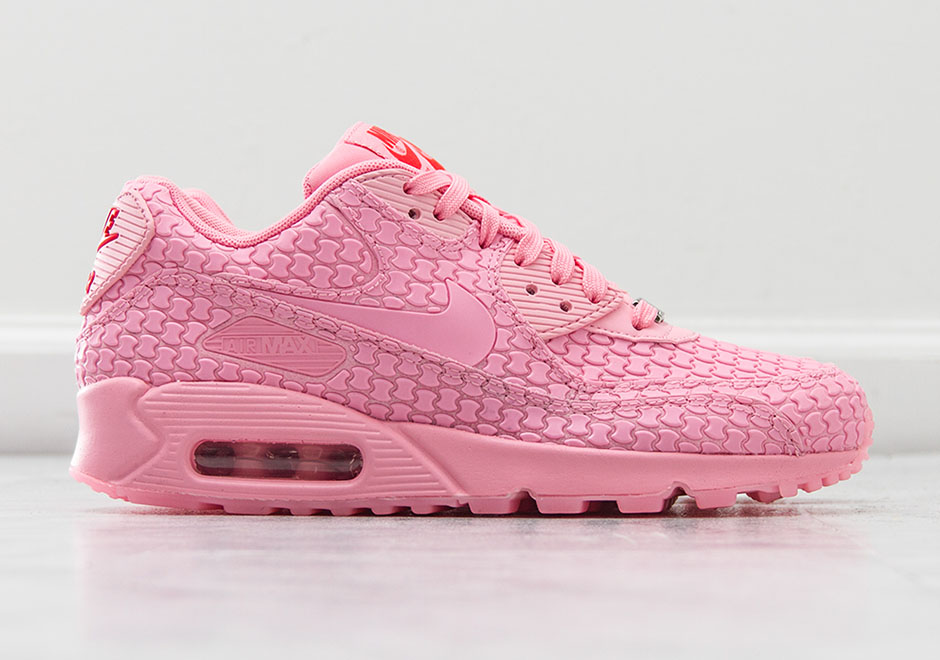 Office nike wmns air Max 97 Amazon Womens Nike Air Max Pink Desert 2b0a0  F3959 Alpinestars 90f96430df