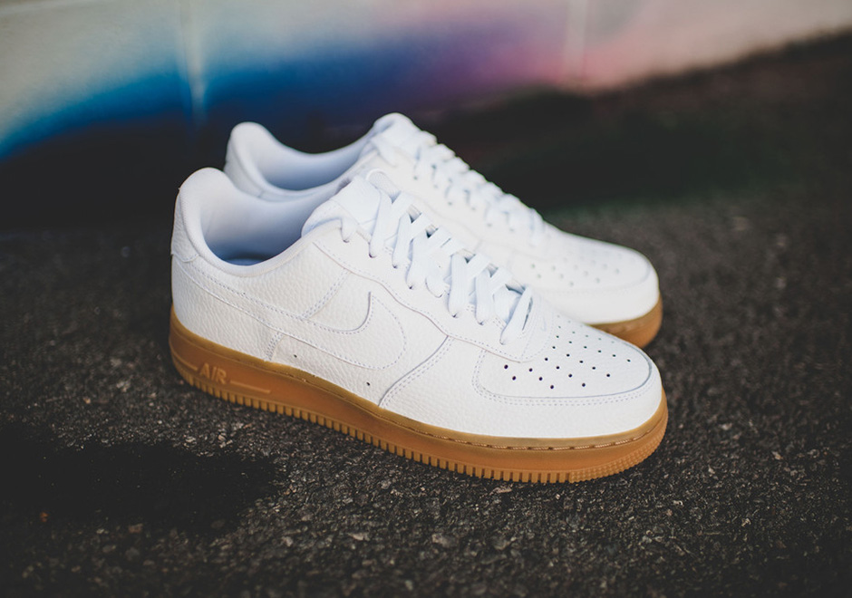tout neuf 6f1b9 2b113 Nike Air Force 1 Low 488298-159 | SneakerNews.com