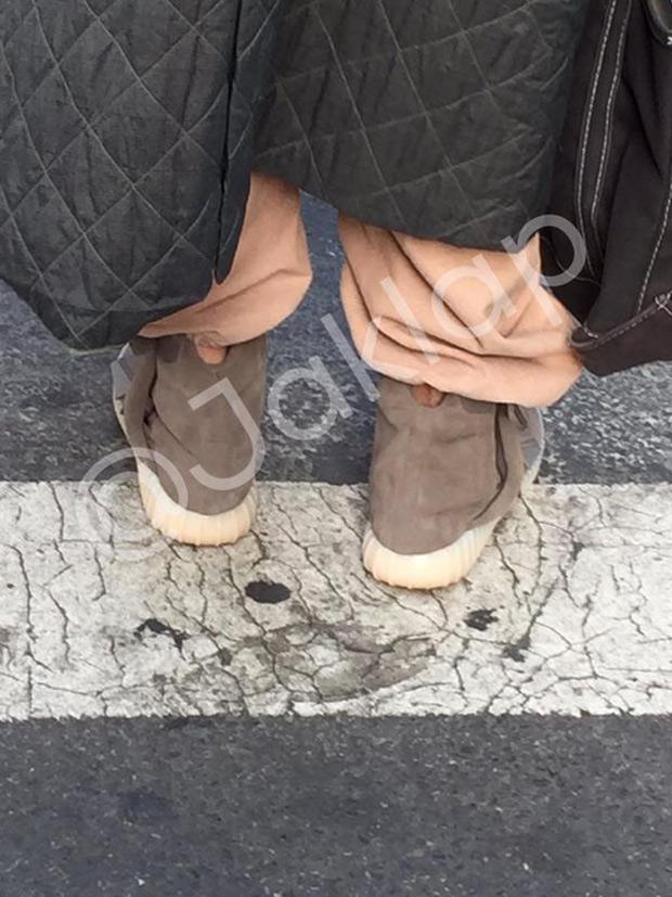 Adidas Yeezy Impulso 750 Goma Negro mSYTI