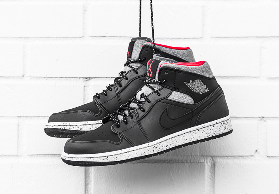 hot sale online 0bf08 45e57 Finally, An Air Jordan 1 Fit For Winter - SneakerNews.com