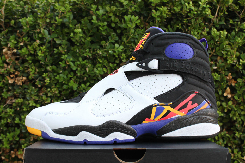 "Air Jordan 8 ""Three-Peat"""