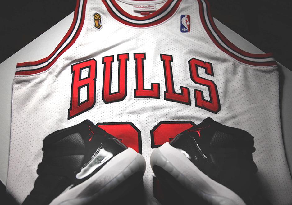 Celebrate Chicago Bulls 72-10 Season with Michael Jordan's 1996 Finals Jersey
