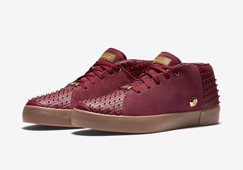 Nike Lebron 13 Lifestyle In Cavaliers Wine Red