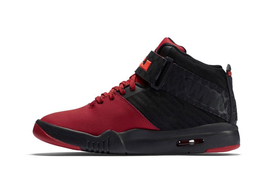 e358fba8082 Nike Air Akronite 819832-006 | SneakerNews.com