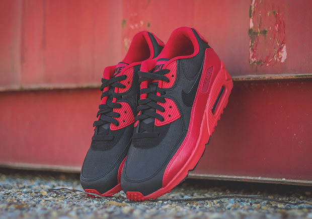 """nike baskets air max command - The Nike Air Max 90 Winter in a Bold """"Bred"""" Colorway - SneakerNews.com"""