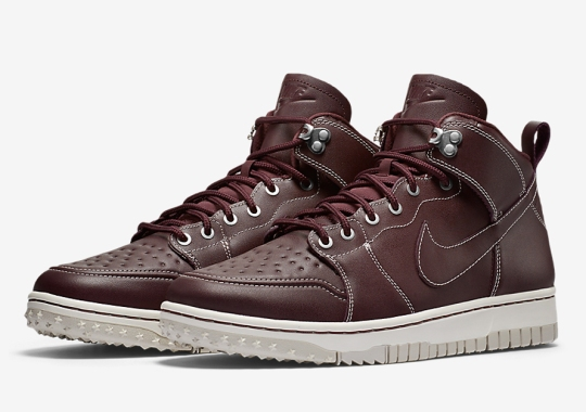 Nike's Latest Dunk Turned Sneakerboot Keeps It Classy For Fall
